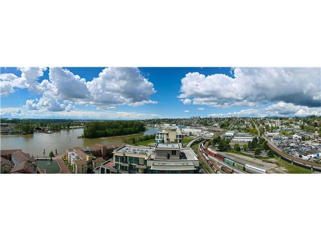"""Photo 14: Photos: 2006 1 RENAISSANCE Square in New Westminster: Quay Condo for sale in """"THE Q"""" : MLS®# V1043023"""