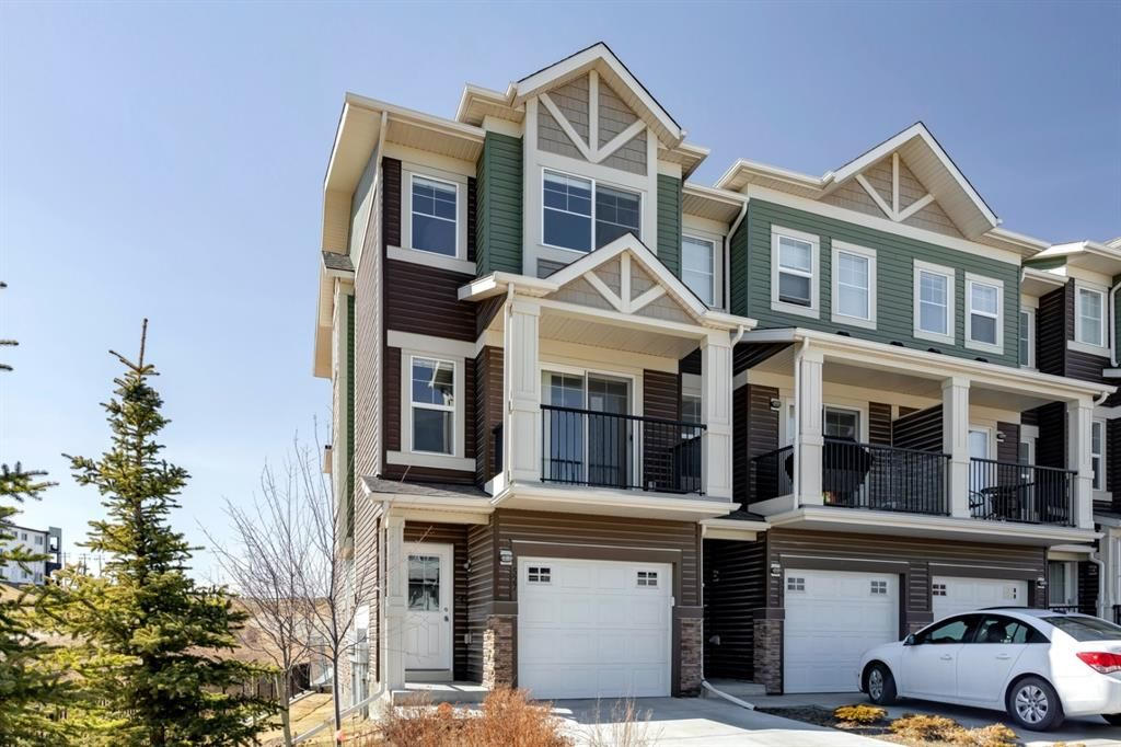Main Photo: 527 Sage Hill Grove NW in Calgary: Sage Hill Row/Townhouse for sale : MLS®# A1082825