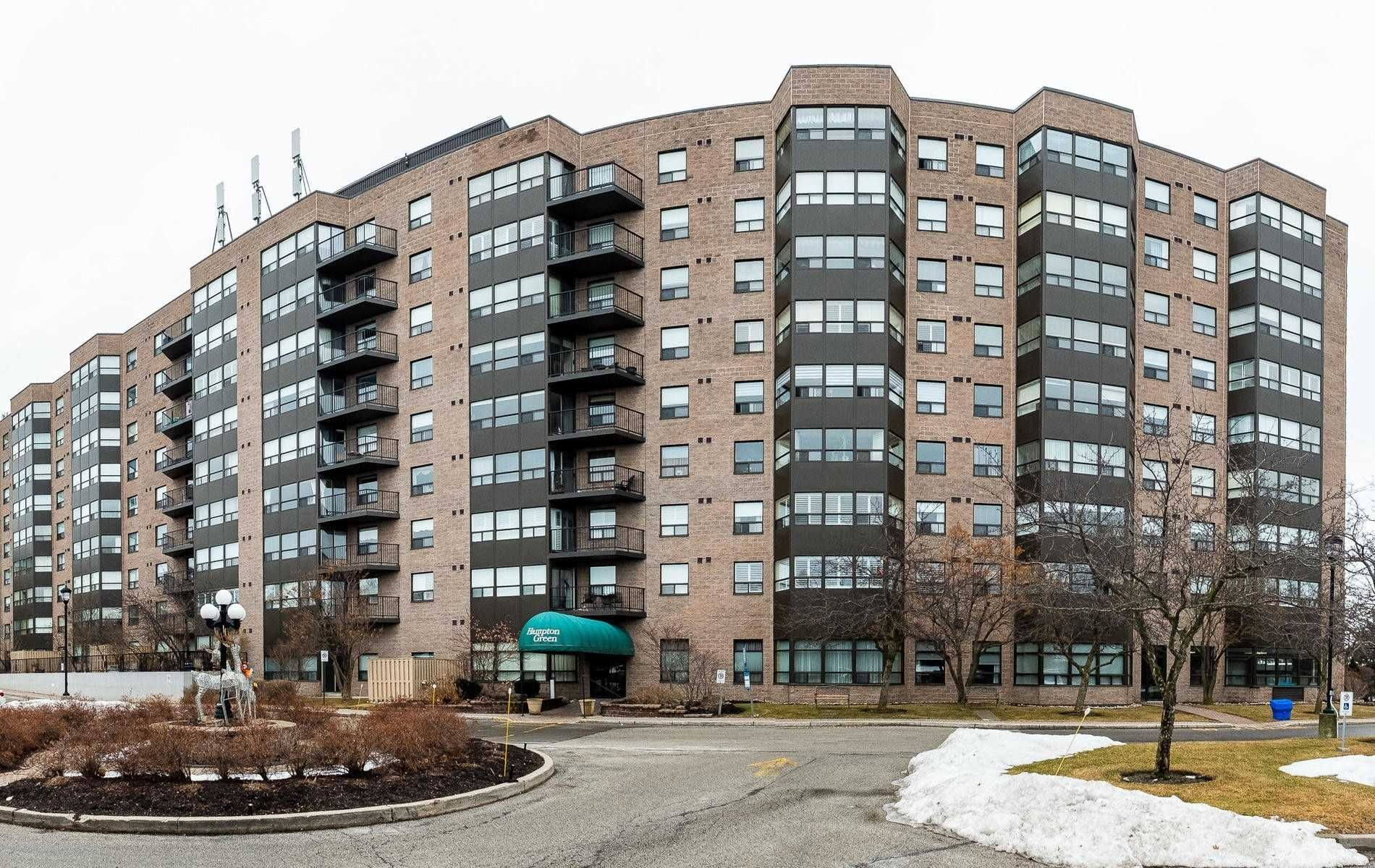 Main Photo: 212 2 Raymerville Drive in Markham: Raymerville Condo for sale : MLS®# N4702583