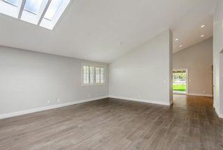 Photo 5: ENCINITAS House for sale : 4 bedrooms : 343 Cerro St