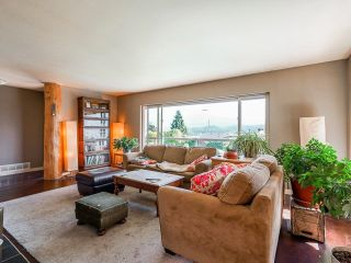 Photo 12: 612 BAYCREST Drive in North Vancouver: Dollarton House for sale : MLS®# R2616316