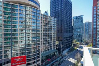 """Photo 21: 1104 1139 W CORDOVA Street in Vancouver: Coal Harbour Condo for sale in """"HARBOUR GREEN TWO"""" (Vancouver West)  : MLS®# R2571905"""