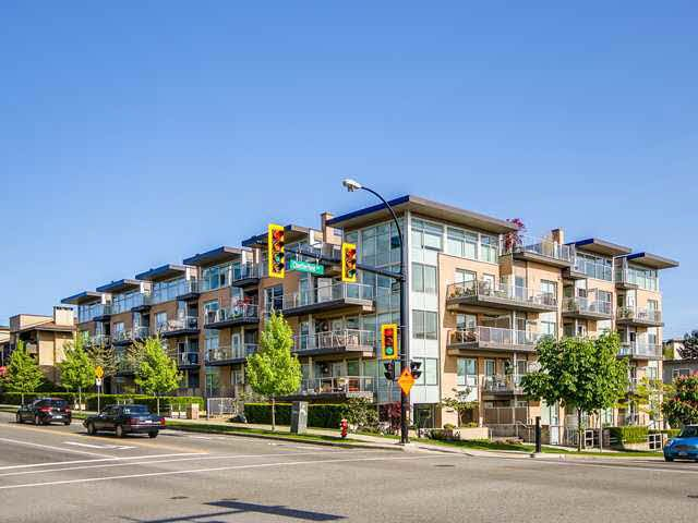 """Photo 1: Photos: 110 1288 CHESTERFIELD Avenue in North Vancouver: Central Lonsdale Condo for sale in """"ALINA"""" : MLS®# V1065611"""