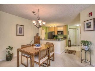 Photo 3: 213 25 RICHARD Place SW in CALGARY: Lincoln Park Condo for sale (Calgary)  : MLS®# C3631950