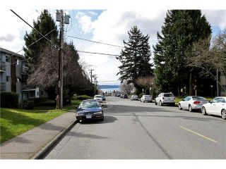"""Photo 19: 202 1378 FIR Street: White Rock Condo for sale in """"CHATSWORTH MANOR"""" (South Surrey White Rock)  : MLS®# F1434479"""