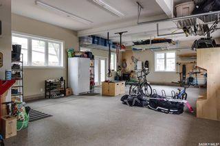 Photo 45: 902 University Drive in Saskatoon: Nutana Residential for sale : MLS®# SK873901
