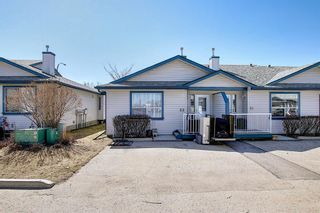 Photo 1: 22 33 Stonegate Drive NW: Airdrie Row/Townhouse for sale : MLS®# A1094677
