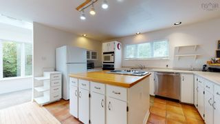 Photo 4: 79 WICKWIRE Avenue in Wolfville: 404-Kings County Residential for sale (Annapolis Valley)  : MLS®# 202124907