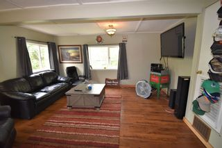 Photo 4: 1625 3RD Street: Telkwa House for sale (Smithers And Area (Zone 54))  : MLS®# R2596269