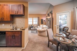 Photo 6: MISSION HILLS Condo for sale : 2 bedrooms : 3644 3rd Ave #3 in San Diego