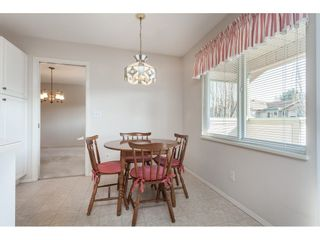 """Photo 10: 177 13888 70 Avenue in Surrey: East Newton Townhouse for sale in """"Chelsea Gardens"""" : MLS®# R2443573"""