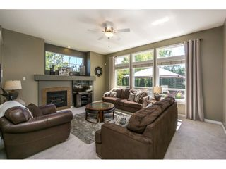 """Photo 5: 14592 58TH Avenue in Surrey: Sullivan Station House for sale in """"Panorama"""" : MLS®# R2101138"""