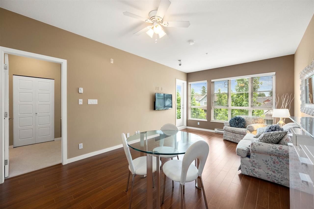 """Photo 7: Photos: 309 23215 BILLY BROWN Road in Langley: Fort Langley Condo for sale in """"WATERFRONT at Bedford Landing"""" : MLS®# R2472976"""