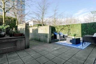 """Photo 12: TH26 348 JERVIS Mews in Vancouver: Coal Harbour Townhouse for sale in """"CALLISTO OF COAL HARBOUR"""" (Vancouver West)  : MLS®# R2440570"""