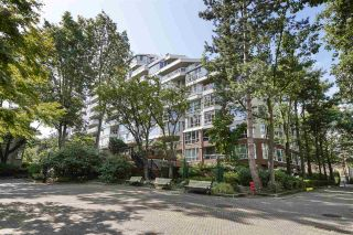 Photo 1: 314 518 MOBERLY ROAD in Vancouver: False Creek Condo for sale (Vancouver West)  : MLS®# R2404067