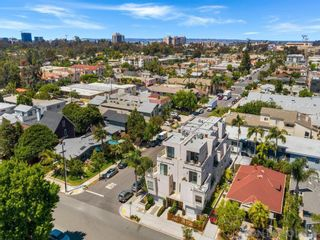 Photo 2: Townhouse for sale : 3 bedrooms : 3804 Herbert St in San Diego