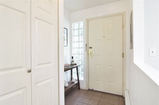 """Photo 19: 402 4688 W 10TH Avenue in Vancouver: Point Grey Condo for sale in """"WEST TENTH COURT"""" (Vancouver West)  : MLS®# R2556561"""