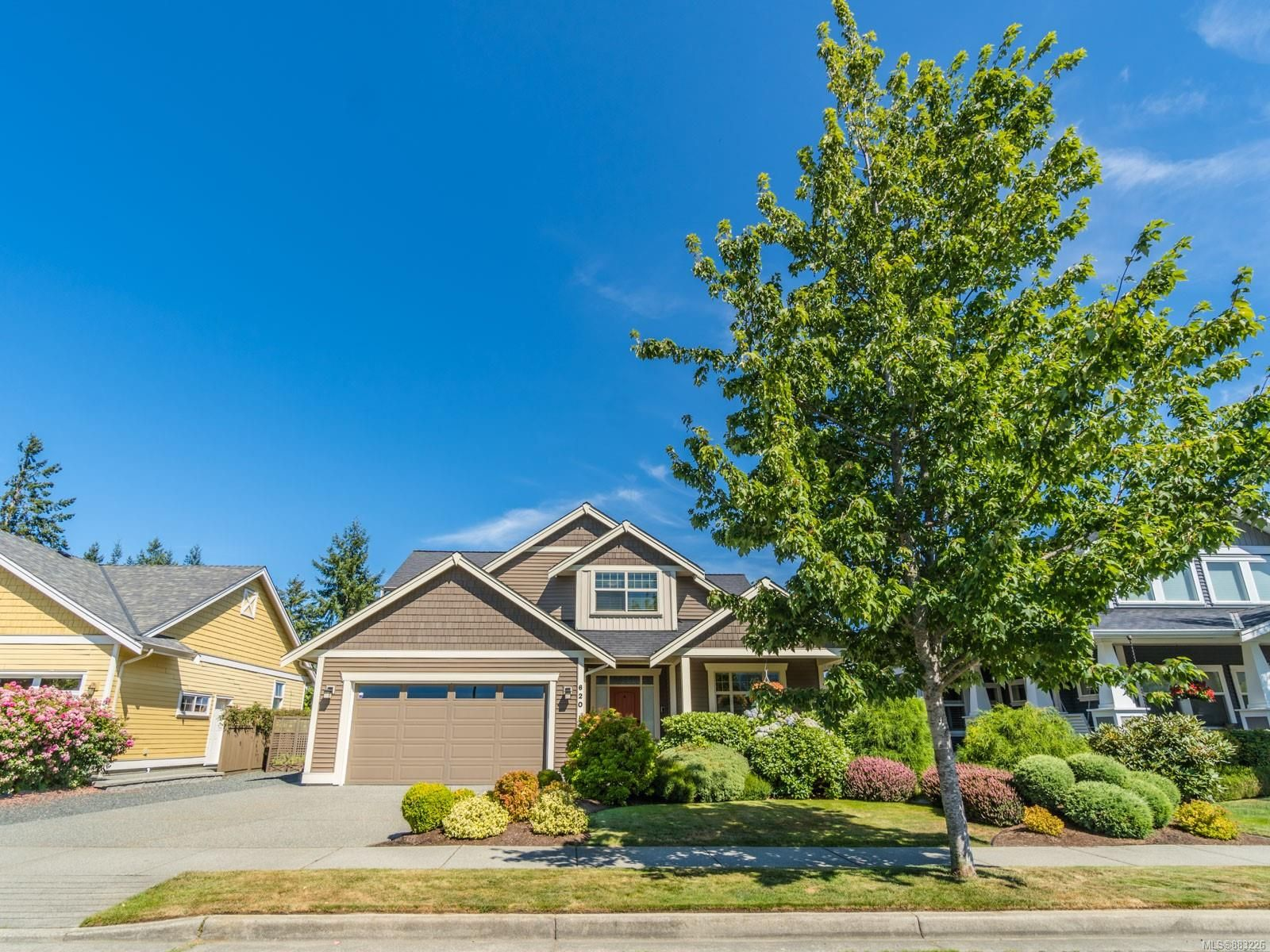 Main Photo: 620 Sarum Rise Way in : Na University District House for sale (Nanaimo)  : MLS®# 883226