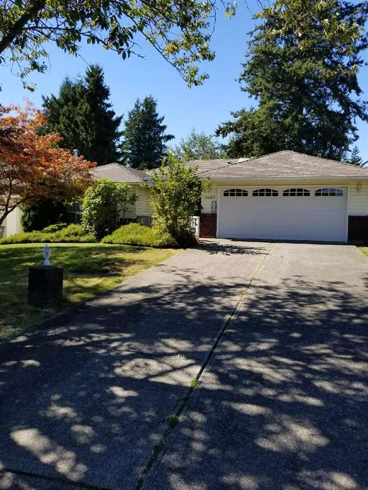 "Main Photo: 1687 140A Street in Surrey: Sunnyside Park Surrey House for sale in ""Ocean Bluff"" (South Surrey White Rock)  : MLS®# R2493206"