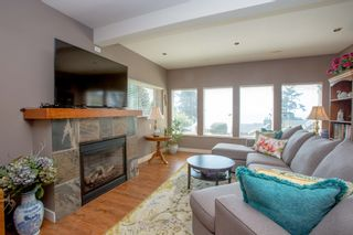 Photo 20: 90 HEAD Road in Gibsons: Gibsons & Area House for sale (Sunshine Coast)  : MLS®# R2194939