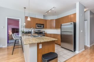 "Photo 10:  in Surrey: Guildford Condo for sale in ""CHARLTON PARK"" (North Surrey)  : MLS®# R2569438"