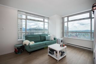 """Photo 6: 2607 438 SEYMOUR Street in Vancouver: Downtown VW Condo for sale in """"Conference Plaza"""" (Vancouver West)  : MLS®# R2574733"""