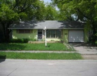 Photo 1: 1909 ELGIN: Residential for sale (Canada)  : MLS®# 2709976
