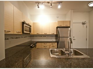 """Photo 4: 119 33539 HOLLAND Avenue in Abbotsford: Central Abbotsford Condo for sale in """"The Crossing"""" : MLS®# F1427624"""
