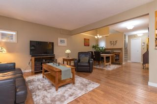 Photo 8: 40 Demos Pl in : VR Glentana House for sale (View Royal)  : MLS®# 867548