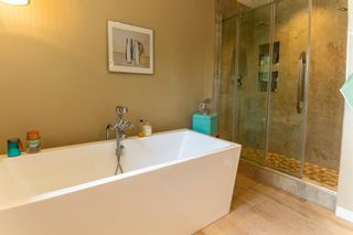 Photo 33: 4 Silvergrove Place NW in Calgary: Silver Springs Detached for sale : MLS®# A1148856