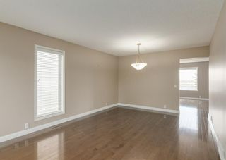 Photo 10: 151 Douglas Woods Hill SE in Calgary: Douglasdale/Glen Detached for sale : MLS®# A1092214