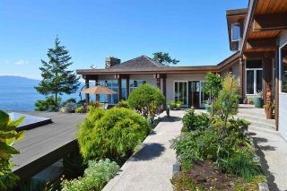 Photo 5: 11579 SUNSHINE COAST Highway in Halfmoon Bay: Halfmn Bay Secret Cv Redroofs House for sale (Sunshine Coast)  : MLS®# R2513028