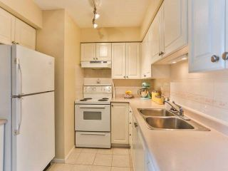 """Photo 8: 402 1723 FRANCES Street in Vancouver: Hastings Condo for sale in """"SHALIMAR GARDENS"""" (Vancouver East)  : MLS®# R2043498"""