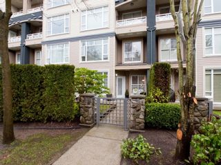 """Photo 4: 105 3600 WINDCREST Drive in North Vancouver: Roche Point Townhouse for sale in """"WINDSONG"""" : MLS®# V932458"""
