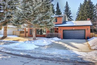 Photo 2: 8927 Baylor Crescent SW in Calgary: Bayview Detached for sale : MLS®# A1082509
