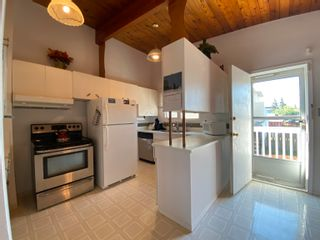 Photo 9: 16211/16221 103 Avenue in Edmonton: Zone 21 House Duplex for sale : MLS®# E4254403