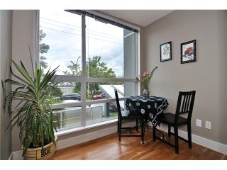 "Photo 5: 201 1818 W 6TH Avenue in Vancouver: Kitsilano Condo for sale in ""THE CARNEGIE"" (Vancouver West)  : MLS®# V969830"