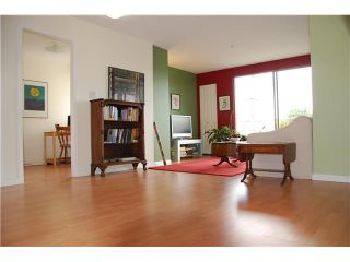 Photo 1: 309 1099 E BROADWAY in Vancouver: Mount Pleasant VE Condo for sale (Vancouver East)  : MLS®# V827884