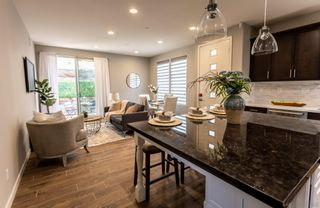 Photo 4: MISSION VALLEY House for sale : 4 bedrooms : 7911 Altana Way in San Diego