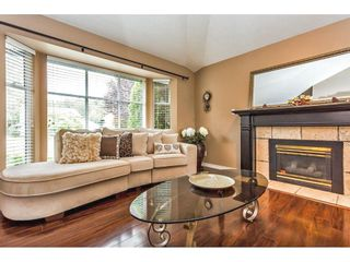 "Photo 3: 2452 MOUNTAIN Drive in Abbotsford: Abbotsford East House for sale in ""MOUNTAIN VILLAGE"" : MLS®# R2354481"