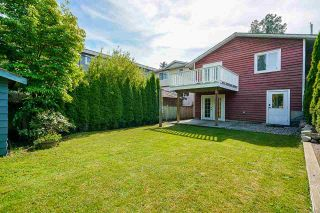 """Photo 32: 850 PARKER Street: White Rock House for sale in """"EAST BEACH"""" (South Surrey White Rock)  : MLS®# R2587340"""