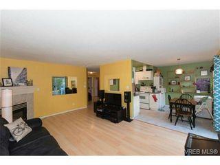 Photo 6: 104 1028 Balmoral Rd in VICTORIA: Vi Central Park Condo for sale (Victoria)  : MLS®# 742330