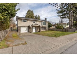 Main Photo: 33125 MARSHALL Road in Abbotsford: Central Abbotsford House for sale : MLS®# R2558912