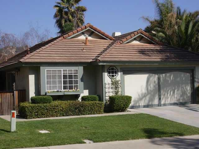 Main Photo: NORTH ESCONDIDO Residential for sale : 3 bedrooms : 2414 Conway Dr in Escondido