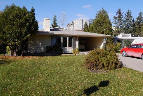 Main Photo: 137 Thatcher Drive in Winnipeg: Fort Garry / Whyte Ridge / St Norbert Residential for sale (South Winnipeg)  : MLS®# 132930
