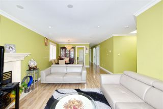 Photo 6: 7480 MAIN Street in Vancouver: South Vancouver House for sale (Vancouver East)  : MLS®# R2393431