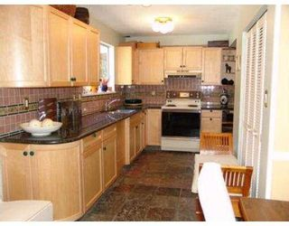 Photo 2: 4360 NOTTINGHAM RD in North Vancouver: Lynn Valley House for sale : MLS®# V554110