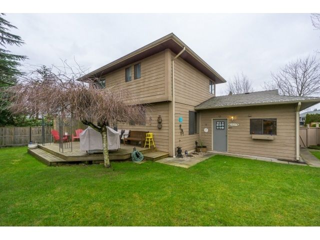 Photo 3: Photos: 5926 183 Street in Surrey: Cloverdale BC House for sale : MLS®# R2028252