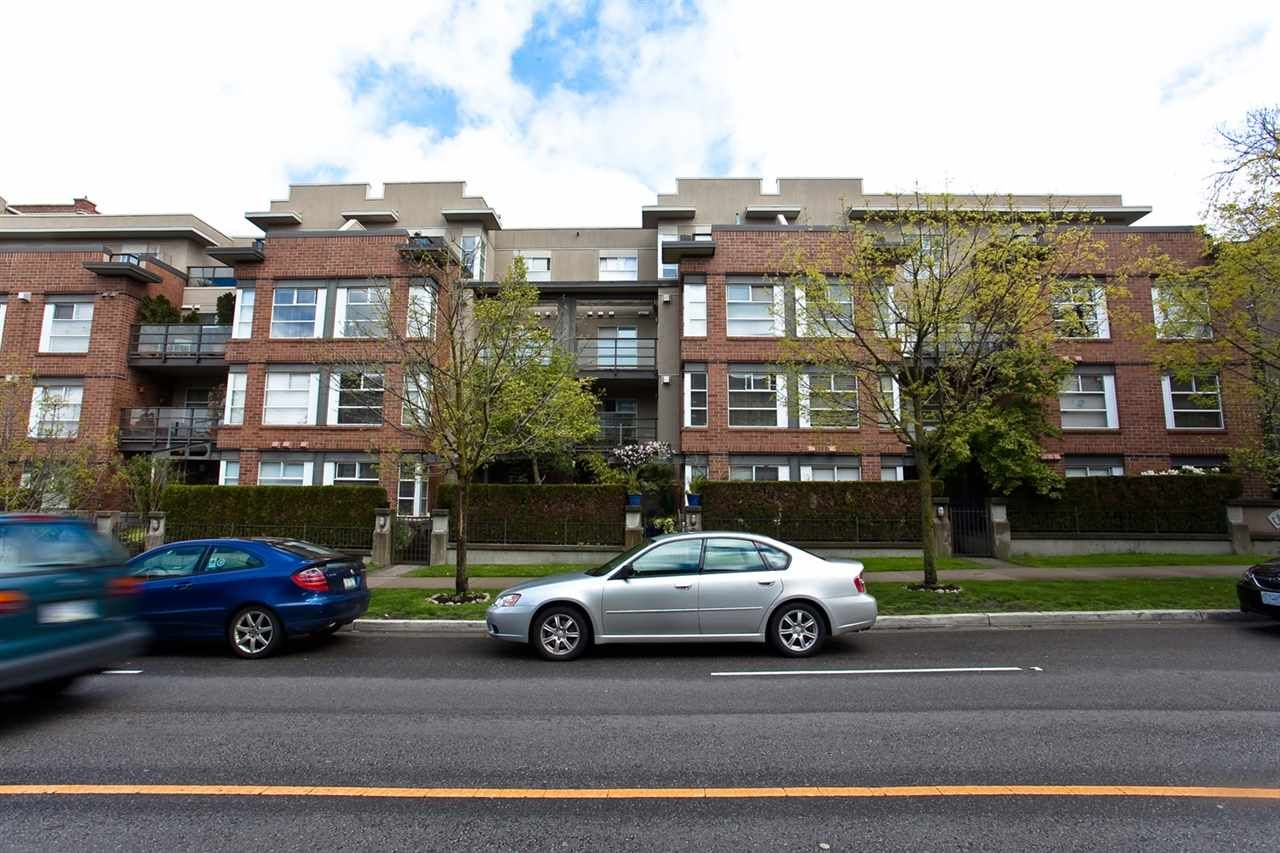 """Photo 16: Photos: 309 2181 W 12TH Avenue in Vancouver: Kitsilano Condo for sale in """"Carlings"""" (Vancouver West)  : MLS®# R2517965"""