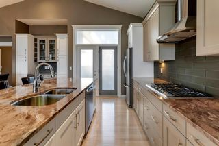 Photo 8: 219 Springbluff Heights SW in Calgary: Springbank Hill Detached for sale : MLS®# A1047010